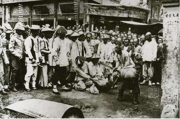 中国满清十大酷刑,凌迟刑是最恐怖(要被割3600刀)