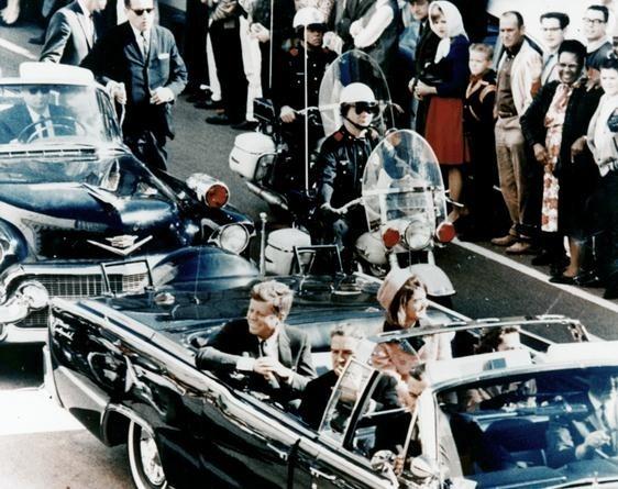 美国总统肯尼迪遇刺真相,真相成未解之谜(罕见现场照)