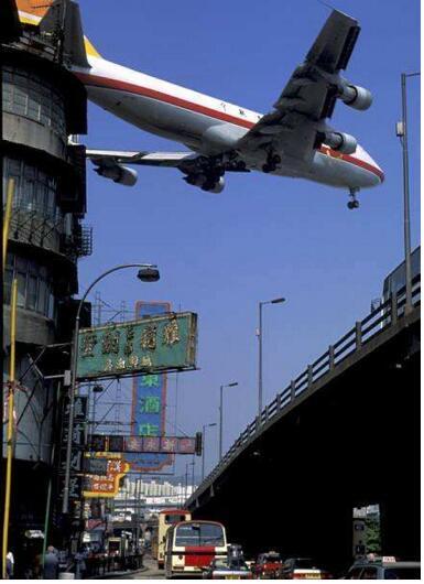 十大世界最危险机场,香港启德机场(稍有差池机毁人亡)