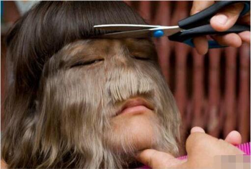 世界上体毛最长的女人,艾米丽·苏珊(剪了之后是个大美女)