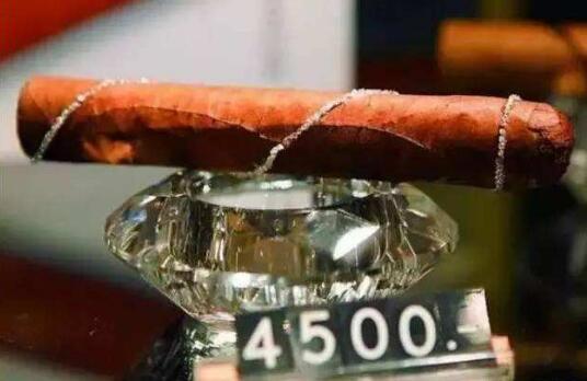 世界上最贵的烟排名,好彩特供香烟一盒将近70万元