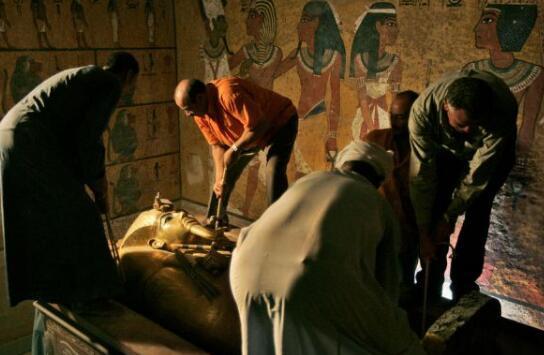 最诡异的图坦卡蒙的诅咒,接触墓穴的人都死了只是误解