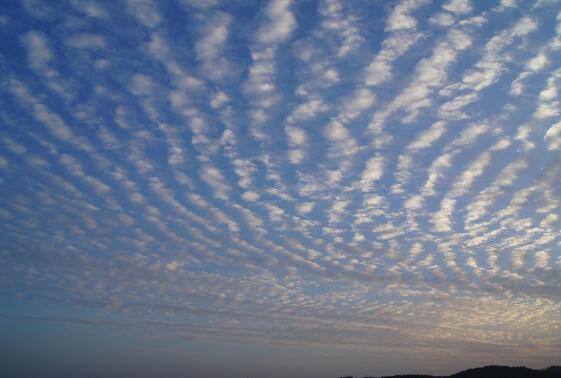 什么是地震云,地震云图片大全(并不能预测地震)