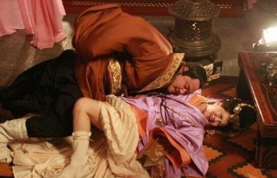 史上第一荒淫皇帝,后梁朱温让儿媳妇轮流侍寝