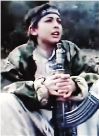 恐怖王储哈姆扎·本·拉登再出江湖,扬言要摧毁美国