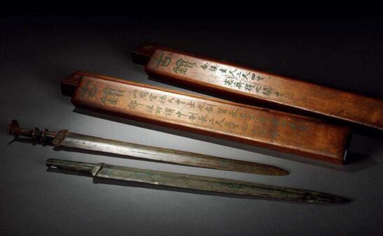 秦朝青铜剑千年不锈,越王勾践青铜剑依旧锋利