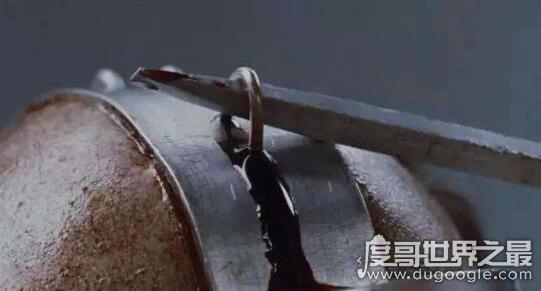满清十大酷刑之剥皮之刑,活剥人皮只为取乐(残忍之极)