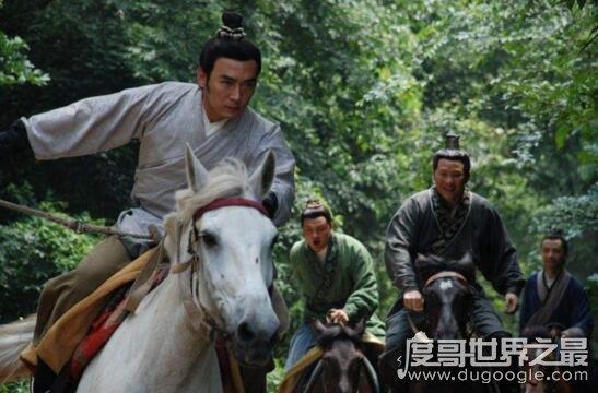 萧何月下追韩信的故事,萧何为刘邦挽留一枚大将
