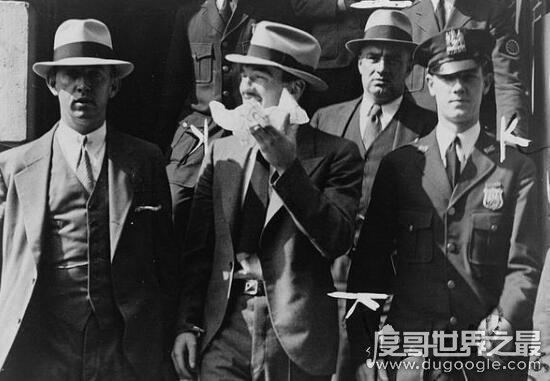 世界级通缉犯马托·墨西拿·德纳罗,意大利黑手党王子
