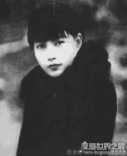 潘素的传奇一生,13岁被卖入妓院(21岁成为青楼头牌)