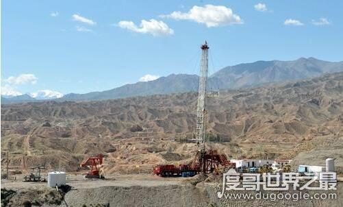 中国第一个天然石油基地,玉门油田开创中国石油产业链