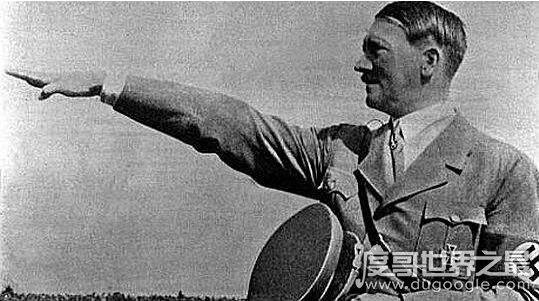 二战首犯希特勒怎么死的,并没有开枪自杀而是潜逃它地