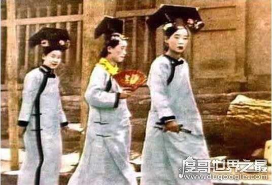 北京故宫灵异事件真相,2次惊现宫女魅影竟是历史投影