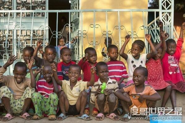 世界上最残忍的母亲,生下15个孩子全部喂了鳄鱼