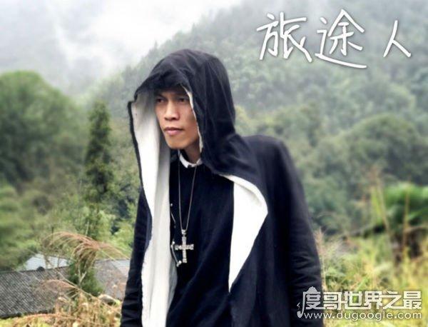 广东雨神真名叫曹宇凡,广东十年爱情故事戳中泪点