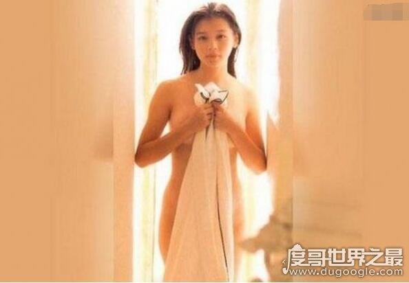 徐若瑄天使三部曲一脱成名,去日本发展险些成女优下海