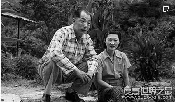 张学良与赵四小姐旷世恋情,无名无分陪伴70余年(一生挚爱)