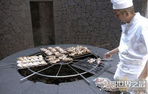 恋迹社区世界上最危险的餐厅,火山烧烤餐厅用