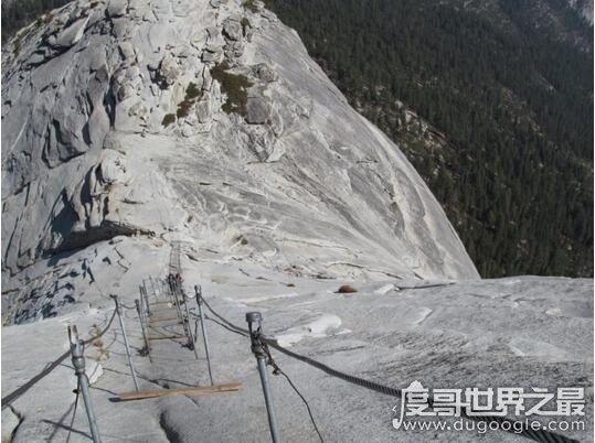 欧冠万博官网登陆最恐怖景区阶梯,华山毫无争议的天下第一险