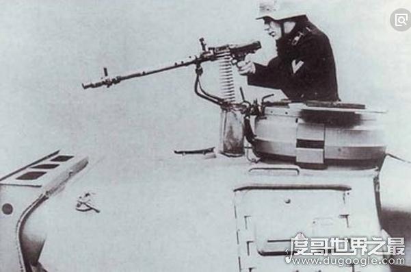 欧冠万博官网登陆机枪排名,马克沁MG08机枪居榜首(步兵的终结者)