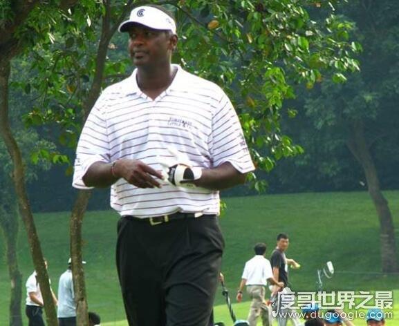 世界十大成就最高的高尔夫球手,拜伦·纳尔逊被封神