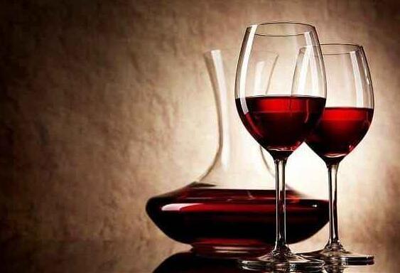 十大最有效的抗癌食物,小酌一杯红酒怡情还能抗癌