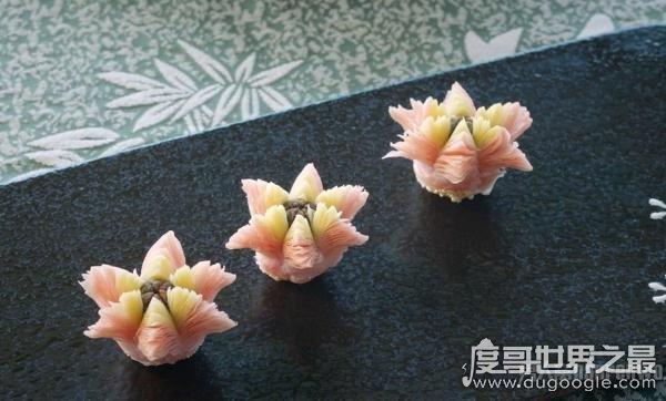 盘点中国八大传统的特色点心,造型精致小巧(让人垂涎三尺)