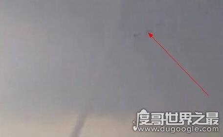 江苏高邮龙吸水是怎么回事,世界上真的有龙存在