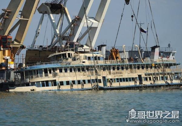 2015东方之星沉船事故真相,东方之星船长张顺文应负全责