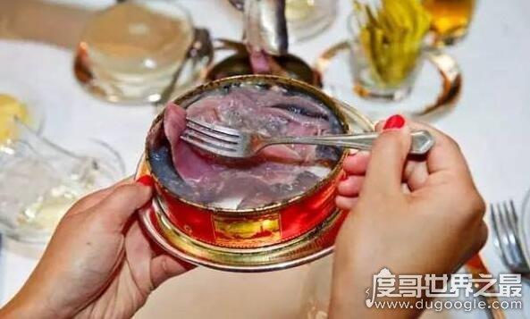 瑞典鲱鱼罐头为什么这么臭,鲱鱼在特殊细菌下自然发酵