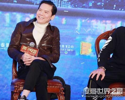 香港新义安老大是向华强,新义安是由他父亲一手创立的