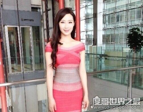 许秋琳(许小婉)在37岁的时候成为贪官情妇,年龄虽大却超有魅力