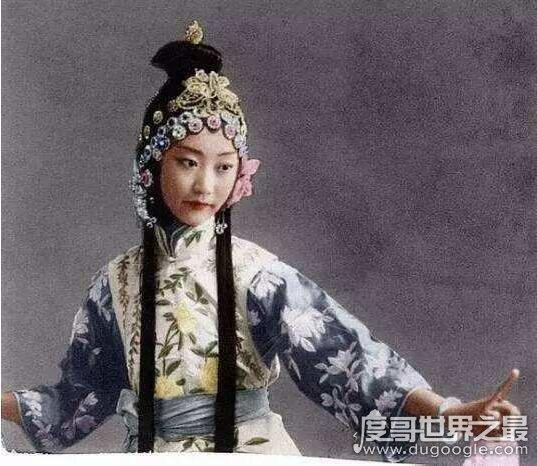 清朝最美格格王敏彤,完颜立童记一生钟爱溥仪却孤独终老