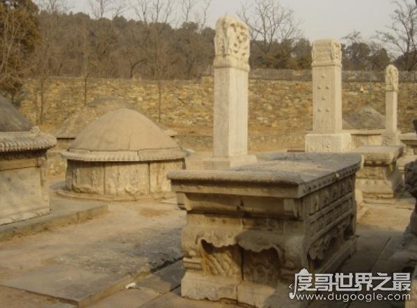 清朝大太监李莲英墓被挖掘,居然只有一颗头颅(太诡异了)