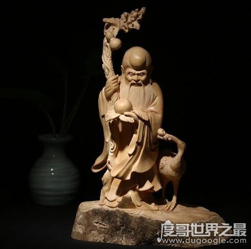 南极仙翁就是寿星,他是和平长寿的象征(能给人带来福气)