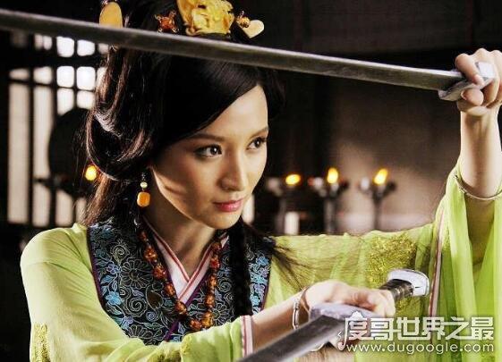 张萌整容前后照对比,张萌的经纪人爆料她整容又流产