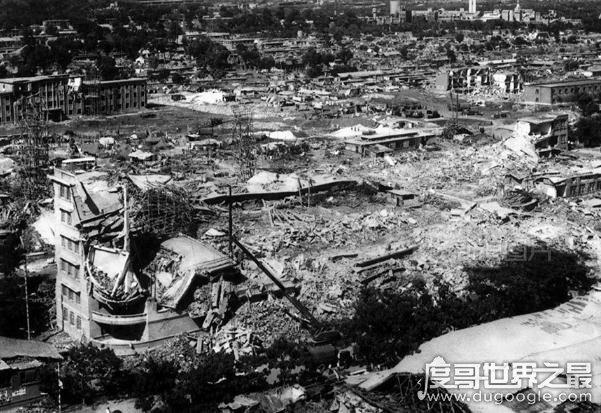 唐山大地震是哪一年,1976年唐山7.8级地震(死伤超40万人)