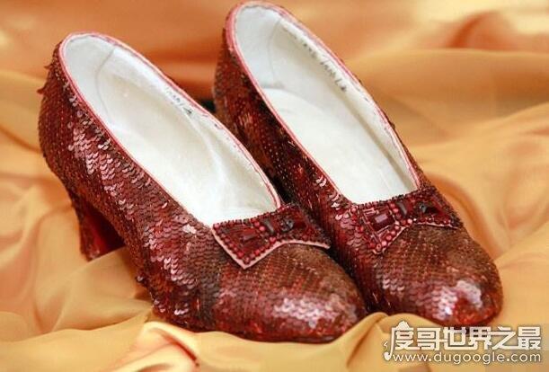 十大世界上最貴的鞋子,最貴的價值1個億(鞋上鑲1000顆鉆石)