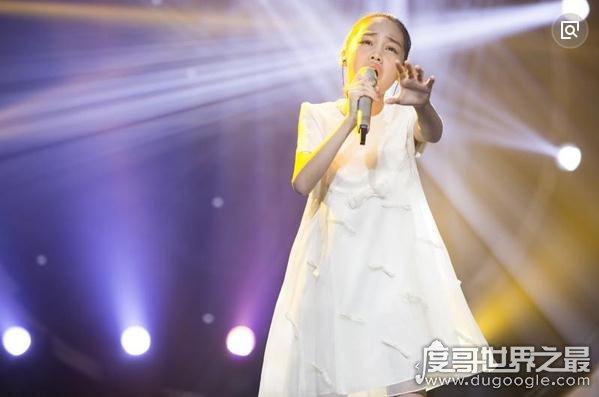 中国新声代汤晶锦个人资料,11岁女孩天籁之音唱哭无数人(附视频)