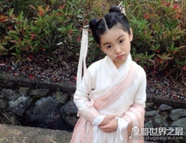童星张籽沐承受了这个年纪不该有的美貌,长大后更漂亮了
