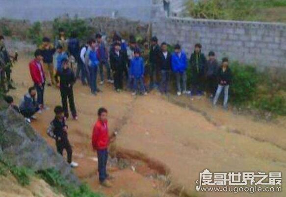 上海十大最乱学校介绍,集结全市最差学生进行打架斗殴 2图片 41488 583x402