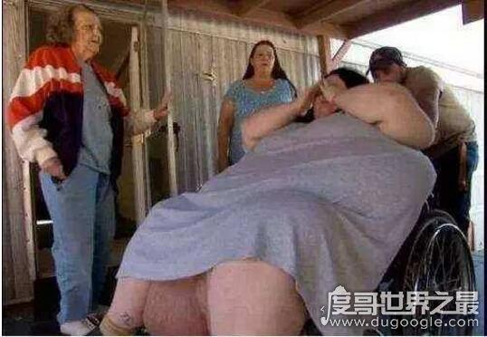 世界上最重的女婴,重达13.6斤(最重的男婴为36斤)