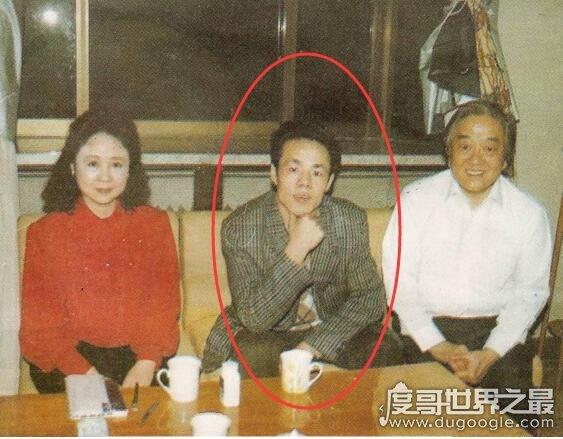 中国超人张宝胜,乃虚假特异功能大师(真实身份魔术师)