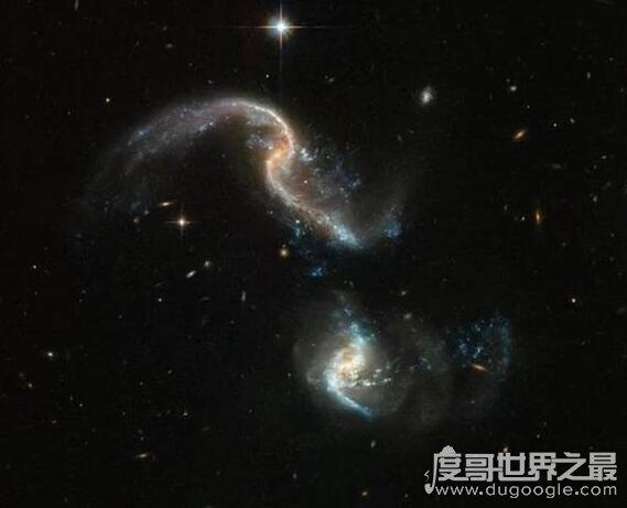 比银河系大3万倍的星系,它是宇宙中最大的螺旋星系