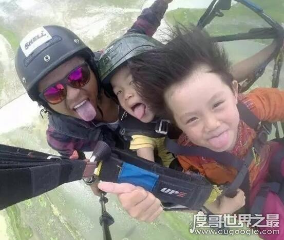 中国最小背包客,4岁多的时候就已经走遍了大半个中国