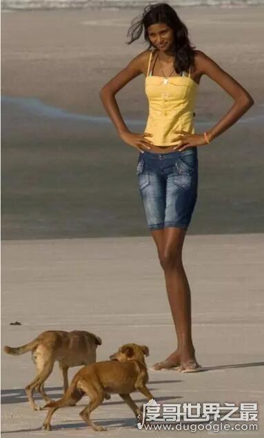 世界最高少女,巴西女孩艾利萨尼·席尔瓦(16岁/2.07米)