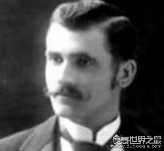 发明作业的人怎么死的,罗伯特纳维利斯已成全球学生公敌