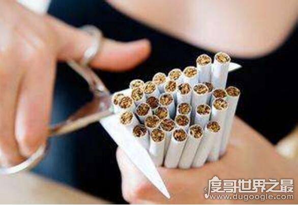 老烟枪戒烟最好的方法,烟瘾犯了喝一杯水就能解决问题
