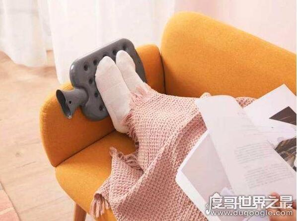 穿袜子睡觉好吗?弊大于利(会造成脚部血液不循环)