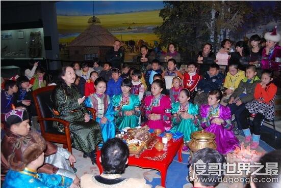 蒙古族的传统节日,那达慕大会是蒙古人非常重要的一个节日